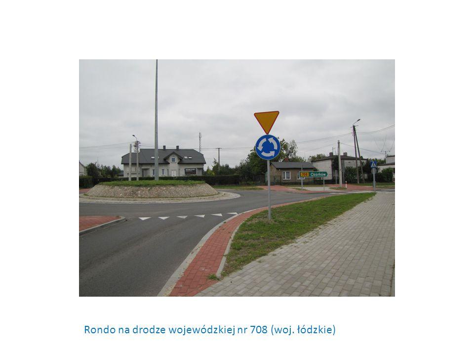 Rondo na drodze wojewódzkiej nr 708 (woj. łódzkie)