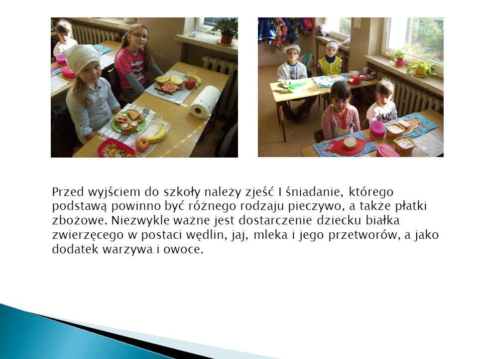 Przed wyjściem do szkoły należy zjeść I śniadanie, którego podstawą powinno być różnego rodzaju pieczywo, a także płatki zbożowe.