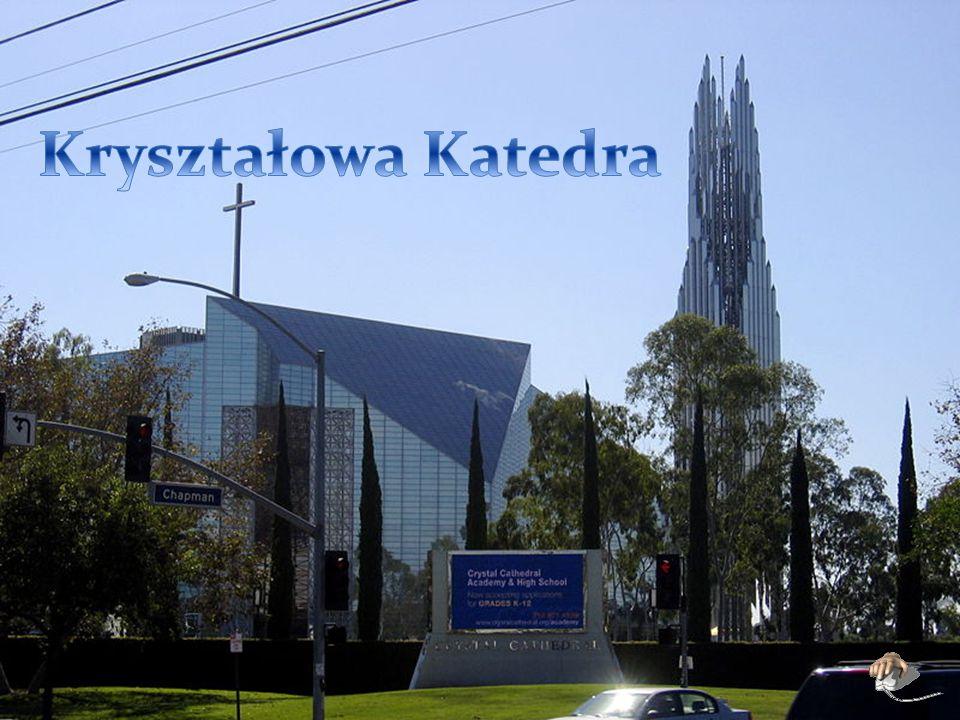 Właścicielem kościoła jest kalwiński zbór Kryształowej Katedry.