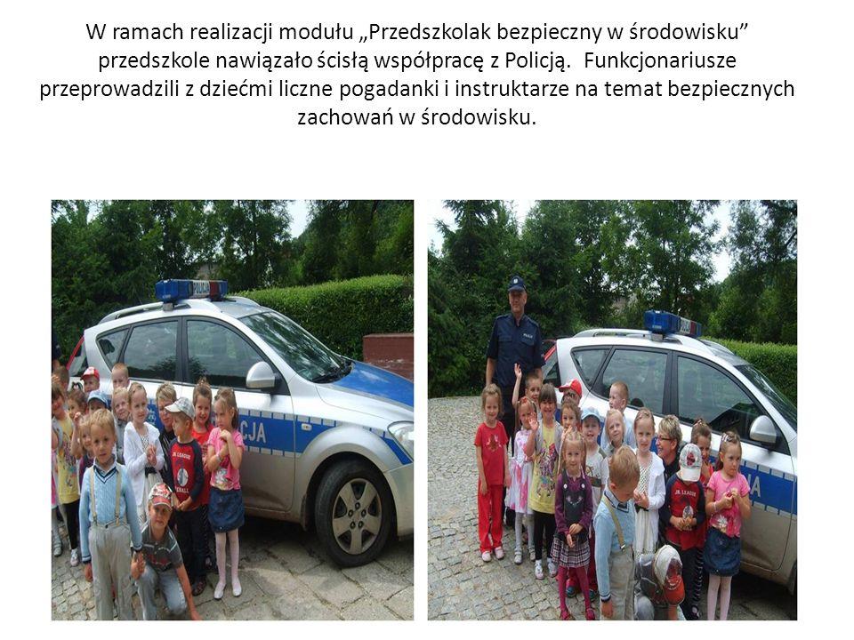 """W ramach realizacji modułu """"Przedszkolak bezpieczny w środowisku przedszkole nawiązało ścisłą współpracę z Policją."""