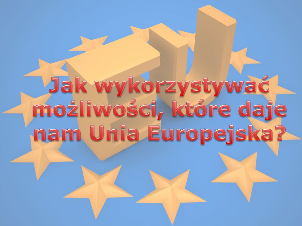 Od którego roku wspólnoty europejskie noszą nazwę Unia Europejska.
