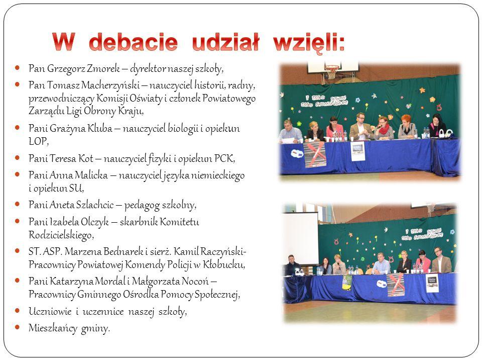 Pan Grzegorz Zmorek – dyrektor naszej szkoły, Pan Tomasz Macherzyński – nauczyciel historii, radny, przewodniczący Komisji Oświaty i członek Powiatowe