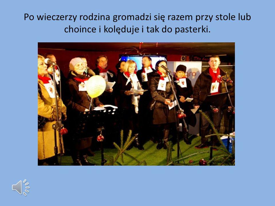 WIECZERZA Wieczerza zaczyna się po podzieleniu opłatkiem i złożeniu życzeń. Zgodnie z Polską tradycją potrawy powinny być bezmięsne. Natomiast w innyc