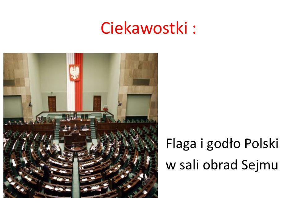 Ciekawostki : Flaga i godło Polski w sali obrad Sejmu