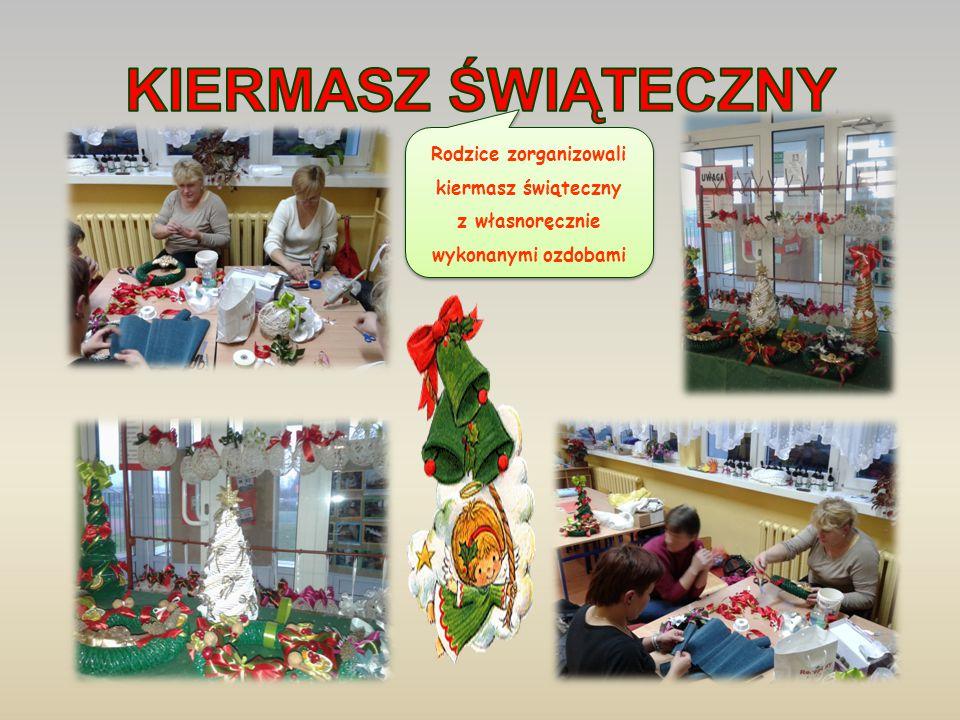 Rodzice zorganizowali kiermasz świąteczny z własnoręcznie wykonanymi ozdobami