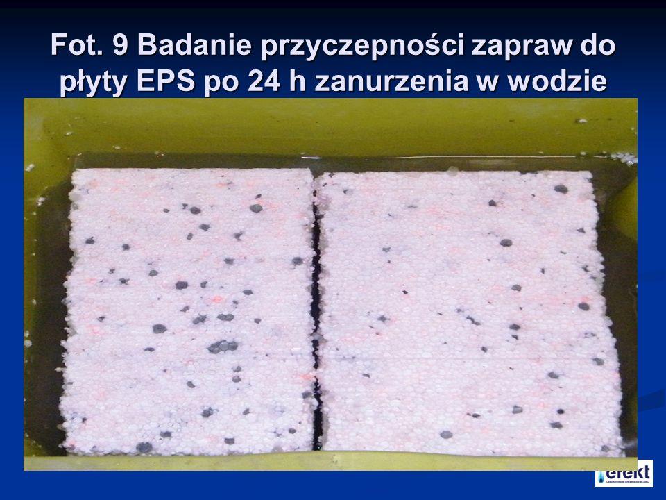 Fot. 9 Badanie przyczepności zapraw do płyty EPS po 24 h zanurzenia w wodzie