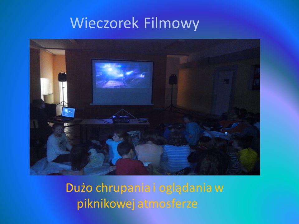 Wieczorek Filmowy Dużo chrupania i oglądania w piknikowej atmosferze