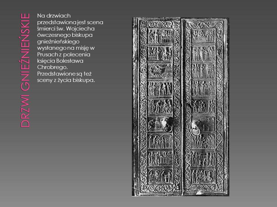 Na drzwiach przedstawiona jest scena śmierci św. Wojciecha ówczesnego biskupa gnieźnieńskiego wysłanego na misję w Prusach z polecenia księcia Bolesła