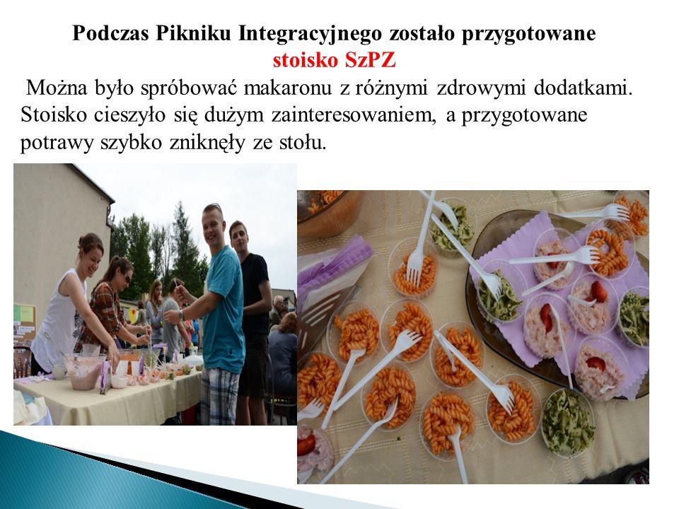 Podczas Pikniku Integracyjnego zostało przygotowane stoisko SzPZ Można było spróbować makaronu z różnymi zdrowymi dodatkami. Stoisko cieszyło się duży