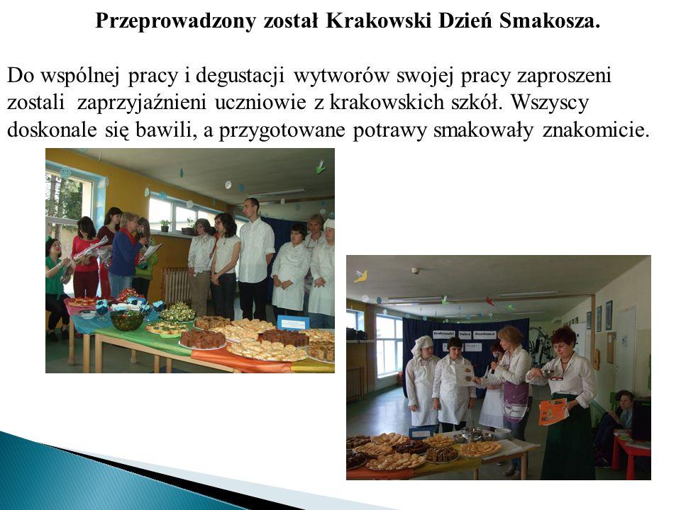 Przeprowadzony został Krakowski Dzień Smakosza. Do wspólnej pracy i degustacji wytworów swojej pracy zaproszeni zostali zaprzyjaźnieni uczniowie z kra