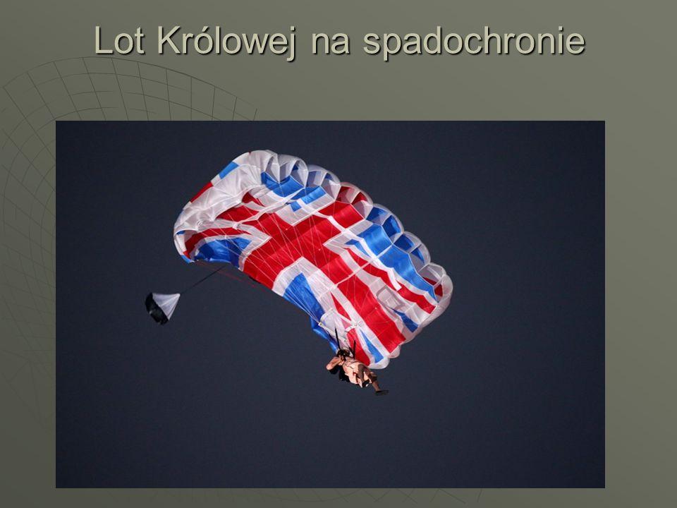 Lot Królowej na spadochronie
