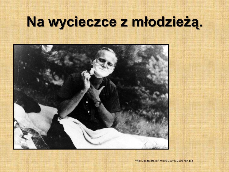 Na wycieczce z młodzieżą. http://bi.gazeta.pl/im/8/3250/z3250378X.jpg