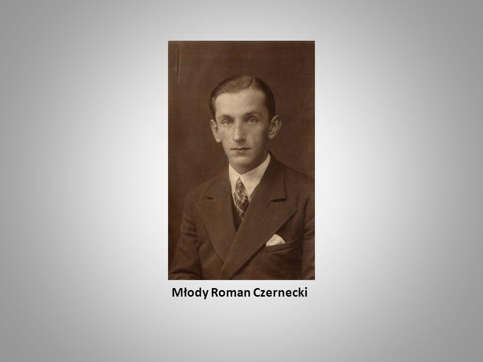 Nauka Na początku młodych Czerneckich uczył w domu pan Kozyra, ale po 2 latach domowej nauki rodzice postanowili wysłać Romana do szkoły.