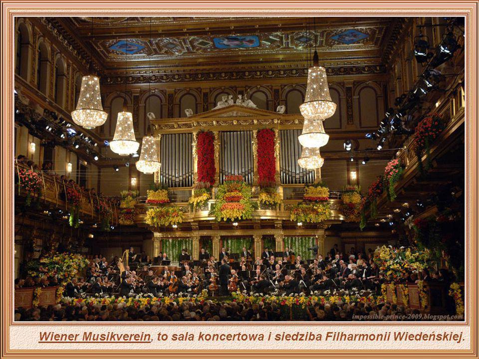 Wiedeń co roku promuje setki bali, ale najbardziej znany jest bal w Operze, który odbywa się we wspaniałej sali Opery Narodowej i jest uważany za spot