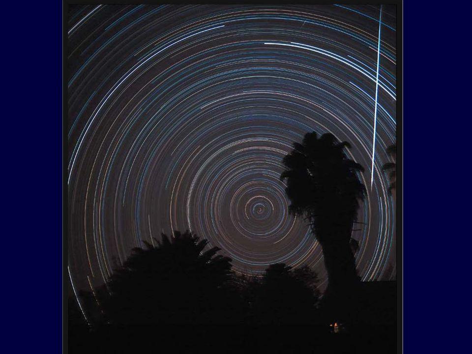 Dlaczego obrazy gwiazd, mgławic i galaktyk te są takie barwne w przeciwieństwie do obrazów oglądanych okiem.