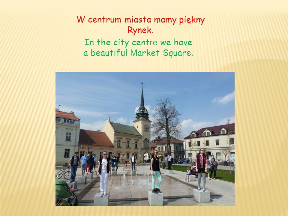 Szkoła Podstawowa n r 1 im.Mikołaja Kopernika It is Nicolaus Copernicus Primary School No.