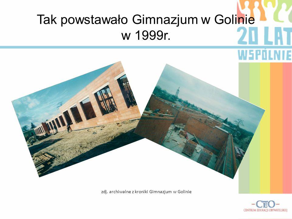 Tak powstawało Gimnazjum w Golinie w 1999r. zdj. archiwalne z kroniki Gimnazjum w Golinie