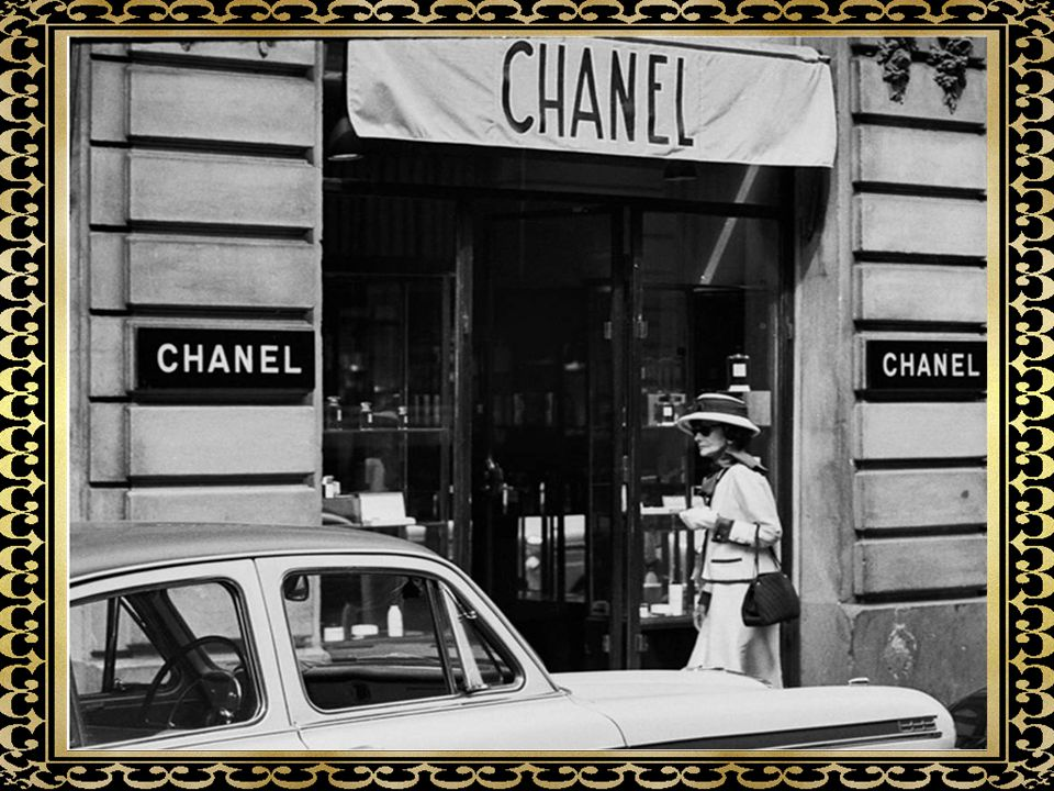 Coco Chanel, właśc. Gabrielle Bonheur Chanel (ur. 19 sierpnia 1883 w Saumur, zm. 10 stycznia 1971 w Paryżu) – francuska projektantka mody.19 sierpnia1
