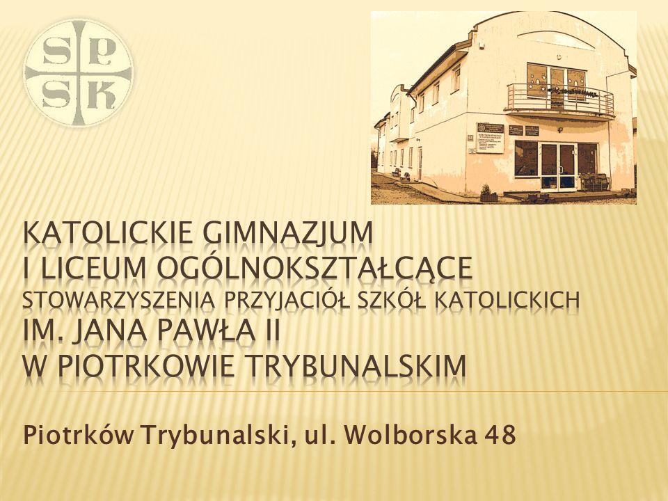 Szkoła została przyjęta w poczet Szkół Katolickich na mocy wydanego Dekretu Jego Ekscelencji Arcybiskupa dr Władysława Ziółka Metropolity Ordynariusza Archidiecezji Łódzkiej.