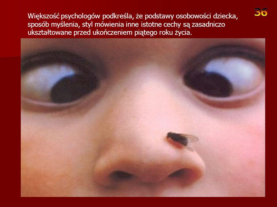 Dziecko nawet w tak wczesnym okresie życia odczuwa potrzebę napełnienia swojego zbiornika emocjonalnego.