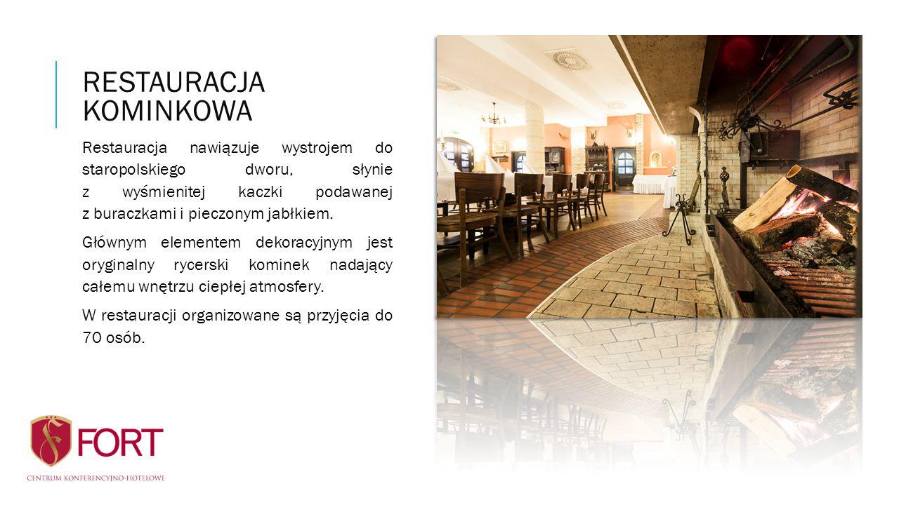 Restauracja nawiązuje wystrojem do staropolskiego dworu, słynie z wyśmienitej kaczki podawanej z buraczkami i pieczonym jabłkiem. Głównym elementem de