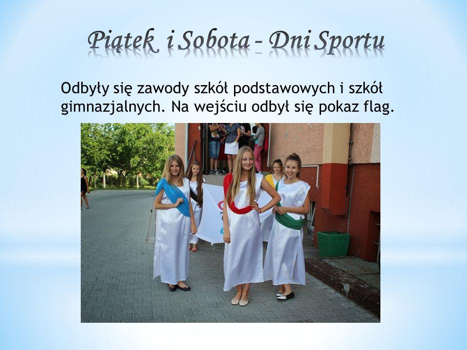 Odbyły się zawody szkół podstawowych i szkół gimnazjalnych. Na wejściu odbył się pokaz flag.