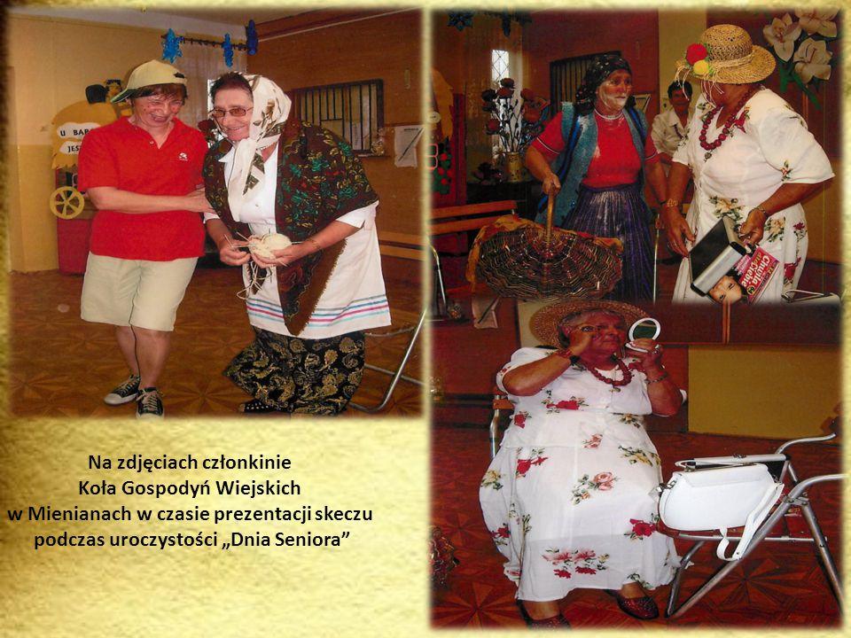 Zdjęcia prezentują członkinie Koła Gospodyń Wiejskich w Koble podczas II spotkania integracyjnego Kozodawy 2012 r.