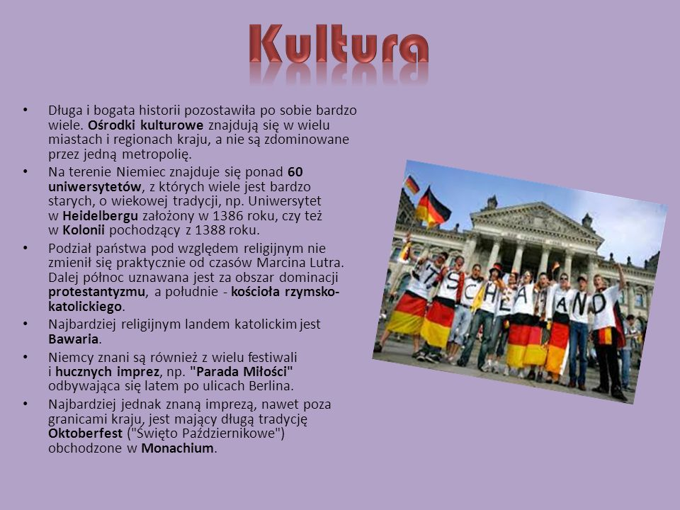 Obowiązek szkolny obowiązuje w Niemczech od ukończenia szóstego do osiemnastego roku życia, czyli trwa 12 lat. Uczęszczanie do szkół publicznych jest