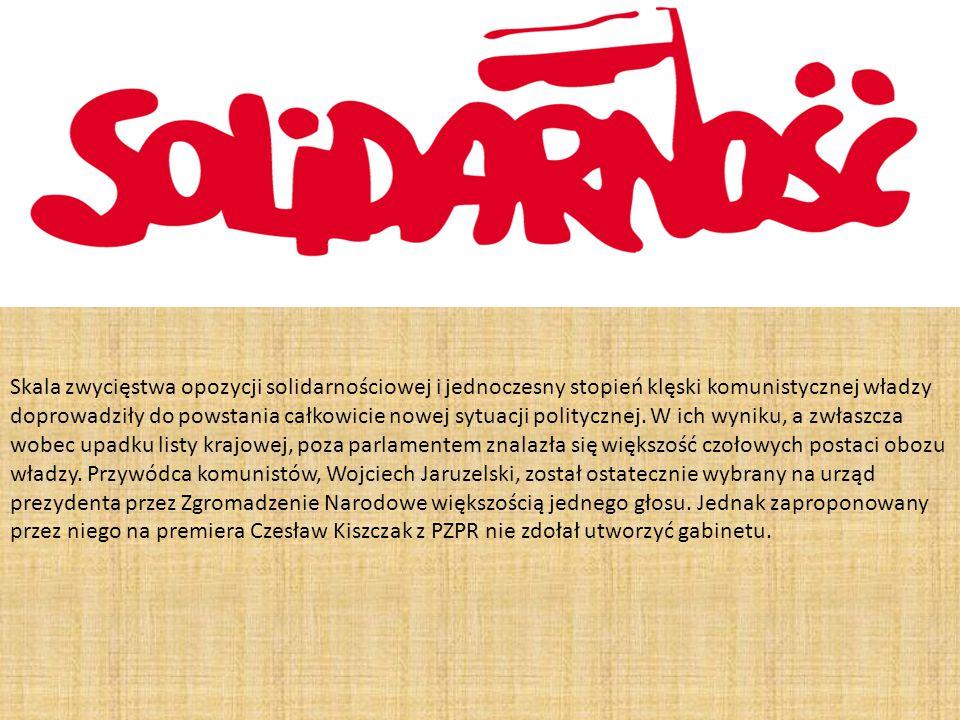 Skala zwycięstwa opozycji solidarnościowej i jednoczesny stopień klęski komunistycznej władzy doprowadziły do powstania całkowicie nowej sytuacji poli