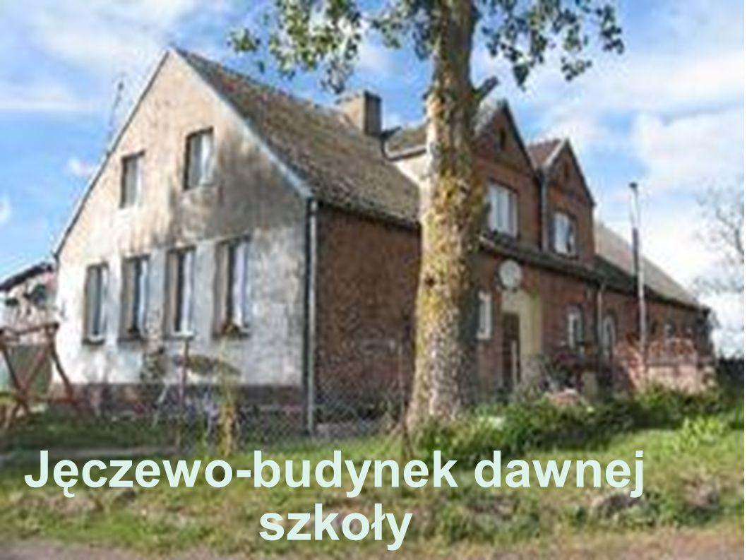 Jęczewo-budynek dawnej szkoły