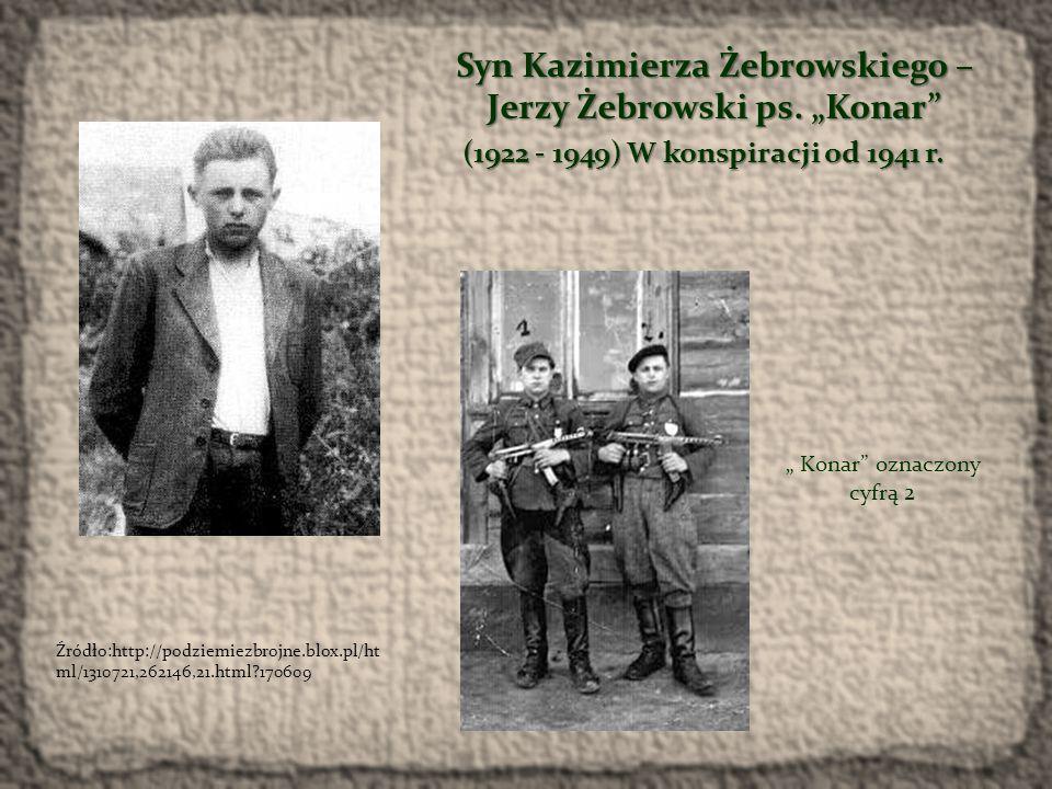 Komendant Kazimierz Żebrowski Bąk (oznaczony cyfrą 4) przed szeregiem żołnierzy III Okręgu NZW.