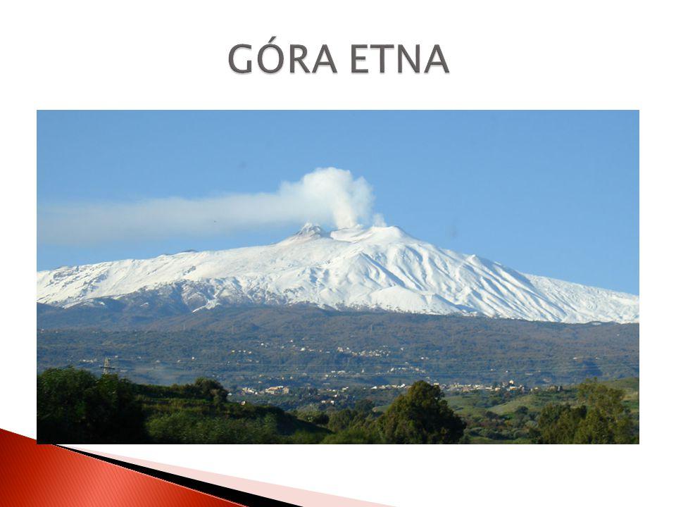  Z 6 aktywnych włoskich wulkanów, aż 3 znajdują się na Sycylii.