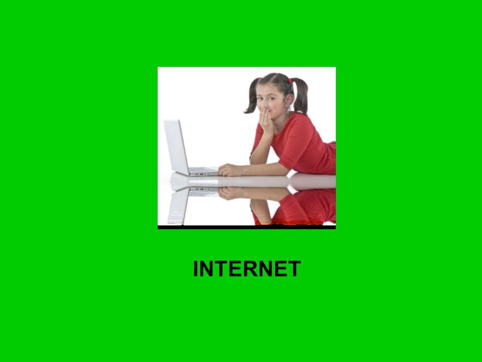Kolejną kwestią związaną z zagrożeniami dla młodzieży, jest możliwość popełnianie przestępstw w cyberprzestrzeni za pomocą internetu.