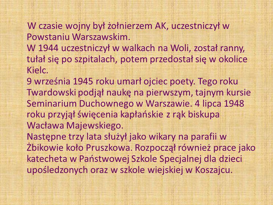 W czasie wojny był żołnierzem AK, uczestniczył w Powstaniu Warszawskim. W 1944 uczestniczył w walkach na Woli, został ranny, tułał się po szpitalach,