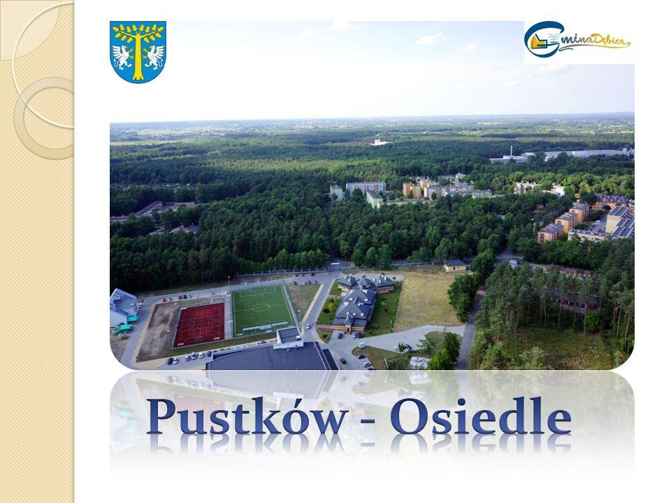 Pustków-Osiedle do 2000 r.należał do wsi Pustków.