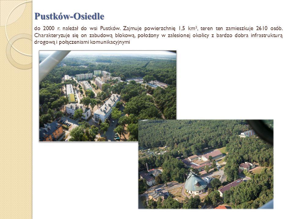 Pustków-Osiedle do 2000 r. należał do wsi Pustków. Zajmuje powierzchnię 1,5 km², teren ten zamieszkuje 2610 osób. Charakteryzuje się on zabudową bloko