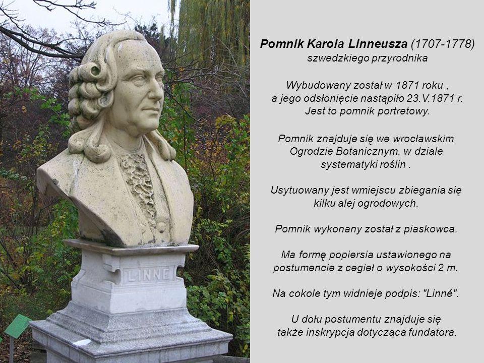 Pomnik śląskiego poety okresu baroku, Angelusa Silesiusa, urodzonego w 1624 r we Wrocławiu. Jego prawdziwe imię i nazwisko to Johannes Schefler. Jedny