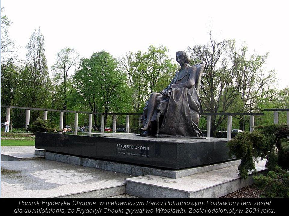 Pomnik Fryderyka Chopina w malowniczym Parku Południowym.