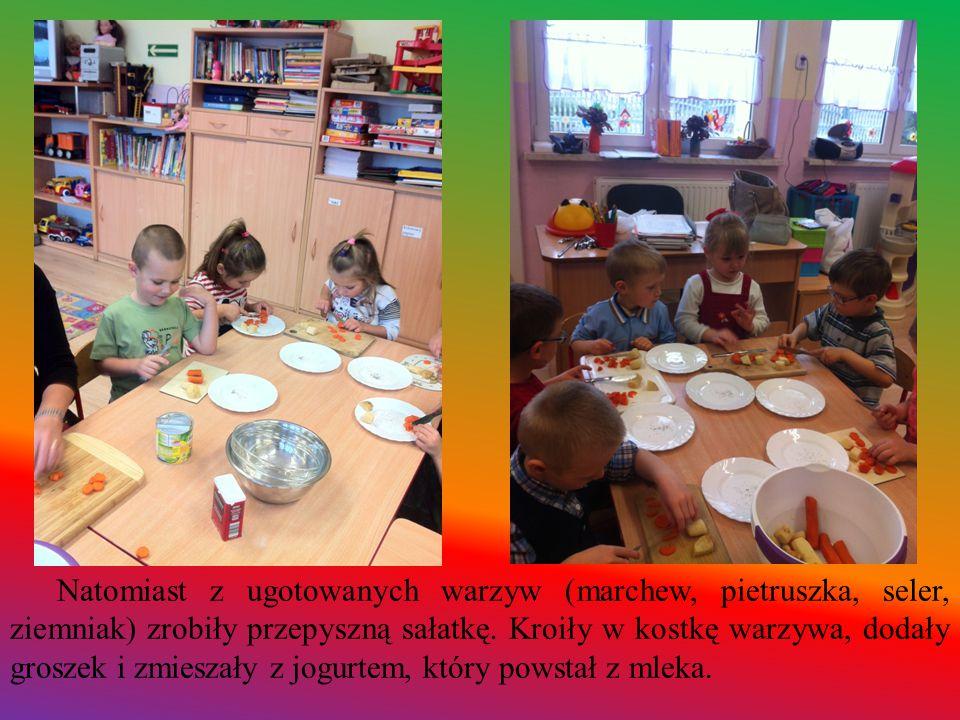 Natomiast z ugotowanych warzyw (marchew, pietruszka, seler, ziemniak) zrobiły przepyszną sałatkę.