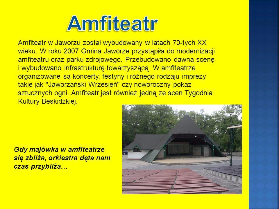 Amfiteatr w Jaworzu został wybudowany w latach 70-tych XX wieku.