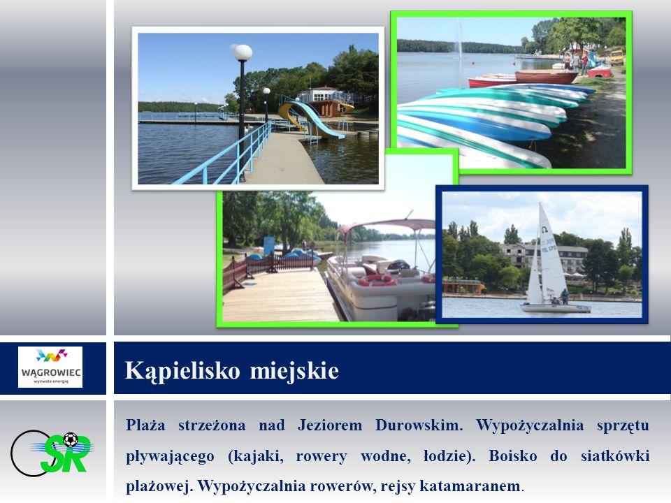 Plaża strzeżona nad Jeziorem Durowskim. Wypożyczalnia sprzętu pływającego (kajaki, rowery wodne, łodzie). Boisko do siatkówki plażowej. Wypożyczalnia