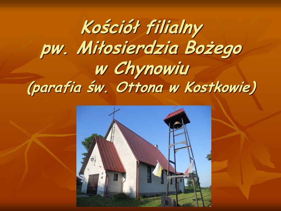 Kościół w Chynowiu został zbudowany w 1990r - mieszkańcy z zapałem wsparli inwestycję modlitwą, ofiarnością i pracą.