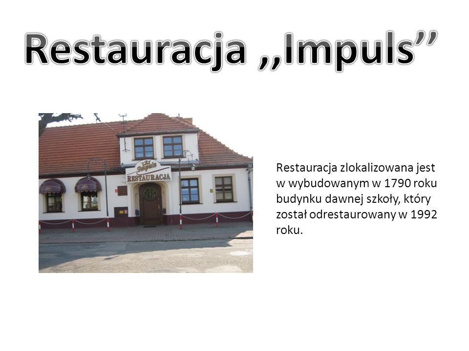 Restauracja zlokalizowana jest w wybudowanym w 1790 roku budynku dawnej szkoły, który został odrestaurowany w 1992 roku.