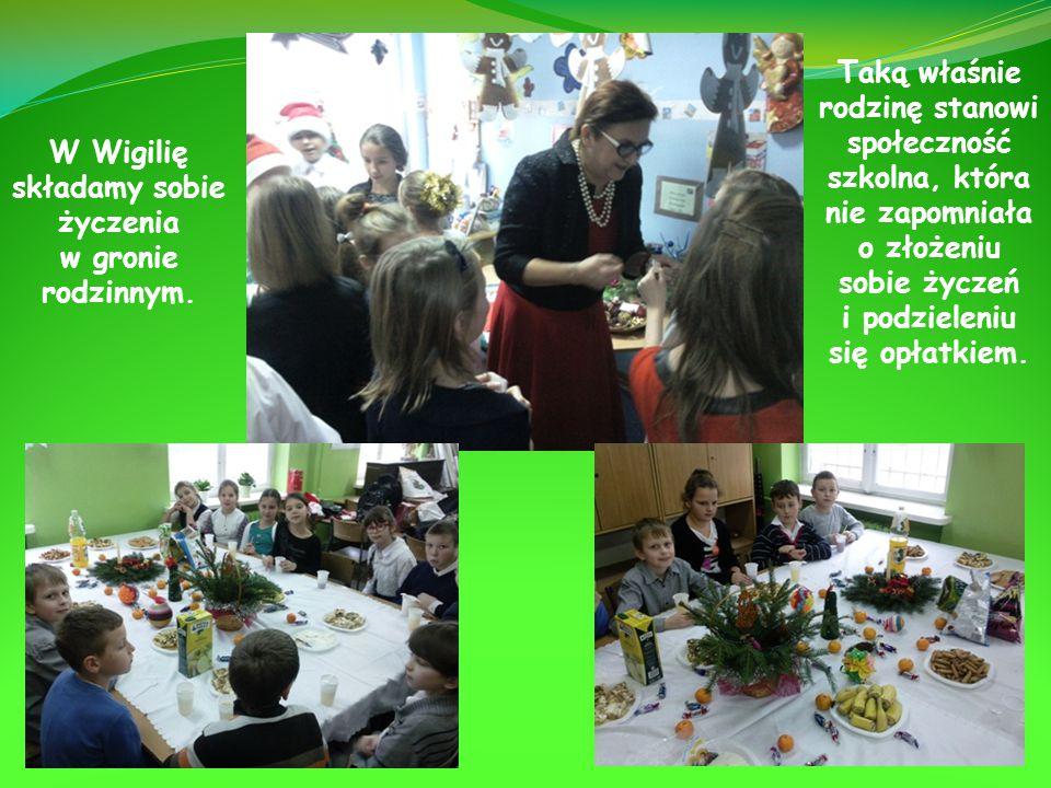 Poszczególne klasy spędziły miłe chwile przy stole wigilijnym, w gronie swoich przyjaciół i nauczycieli.