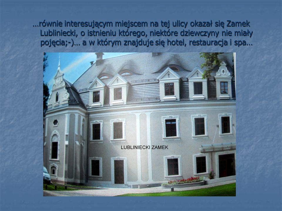 …dzięki uprzejmości pracującej tam pani, mogłyśmy zobaczyć recepcję, holl i restaurację, bardzo elegancko urządzoną…