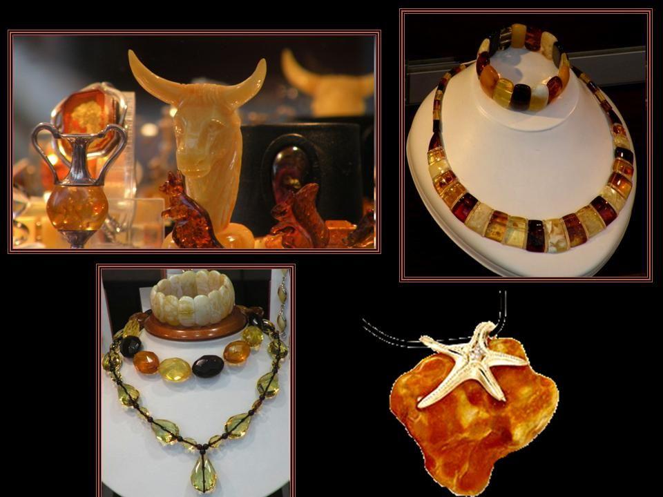 Międzynarodowe Targi Bursztynu, Biżuterii i Kamieni Jubilerskich AMBERIF - Targi odbywają się corocznie w Gdańsku, połączone są z wystawiennictwem wyrobów.