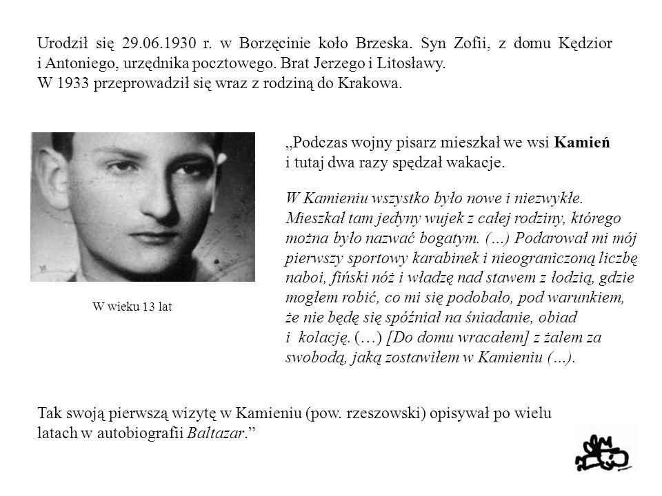 Urodził się 29.06.1930 r. w Borzęcinie koło Brzeska. Syn Zofii, z domu Kędzior i Antoniego, urzędnika pocztowego. Brat Jerzego i Litosławy. W 1933 prz