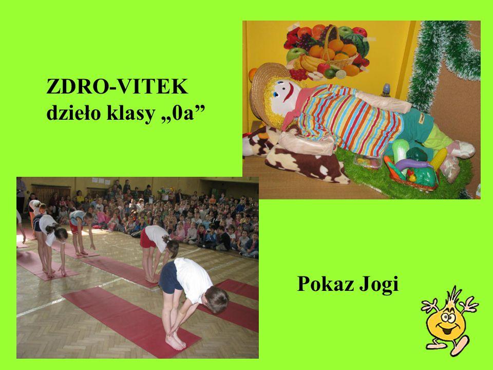 "ZDRO-VITEK dzieło klasy ""0a"" Pokaz Jogi"