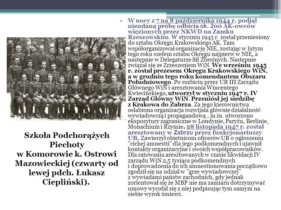 W nocy z 7 na 8 października 1944 r. podjął nieudaną próbę odbicia ok. 2 00 AK-owców więzionych przez NKWD na Zamku Rzeszowskim. W styczniu 1945 r. zo
